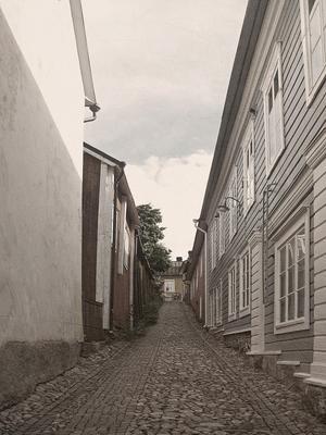 По улочкам финского Порвоо ... Порвоо мощенная улочка дома