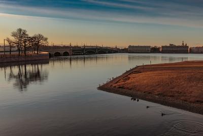 Утреннее Безмолвие трёх островов Санкт-Петербург утро река отражение мост острова берега