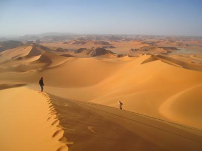 Наверху. Алжир пейзаж скалы