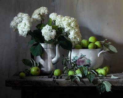Цветы и яблоки 2