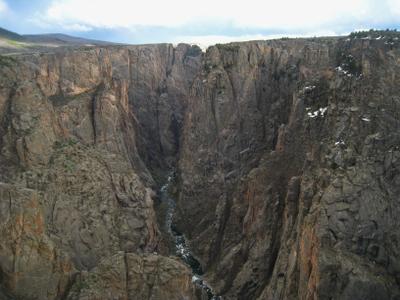 Чёрный каньон. Америка озеро природа скалы