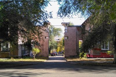 Магнитогорск, ворота во двор