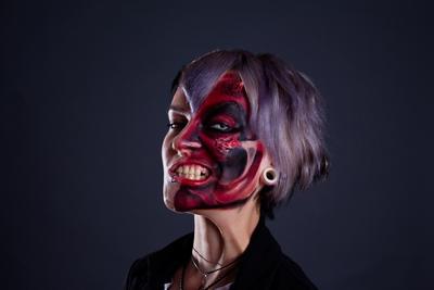 Хеллоуин грим хеллоуин девушка студийный портрет