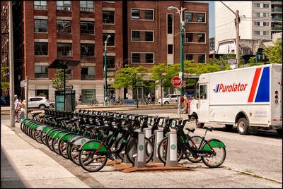 Торонто. Из жизни велосипедов(4) Канада Торонто
