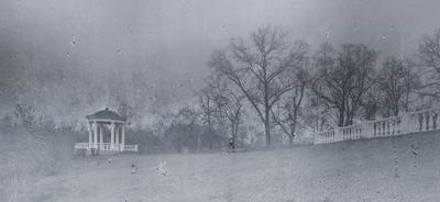 То ли дождик, то ли снег... Беседка Дворянского гнезда Орёл