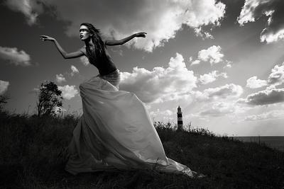 spirit of the lighthouse bw, model, Africa, lighthouse, sky, free, skirt, hair, nude