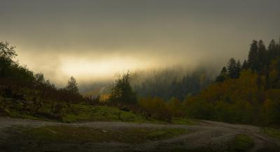 Осенний рассвет лес утро Архыз