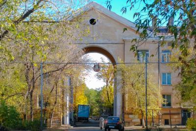Магнитогорск, ворота во двор 2