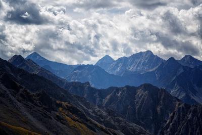 На перевале. Восточный Саян горы саяны