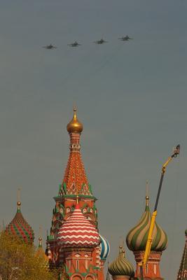 Авиапарад 9 мая 2013 2013 9 мая авиапарад весна май москва
