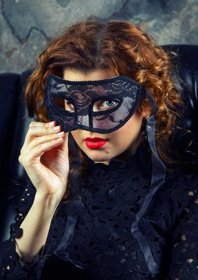 *** девушка маска