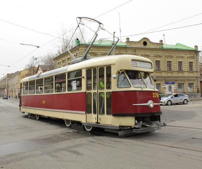 Tatra T2SU трамвай ретро парад