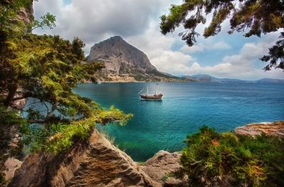 Как в фильмах про пиратов крым черное море новый свет пляж красота бирюза скалы путешествие россия 4х4 отпуск отдых корабль пираты