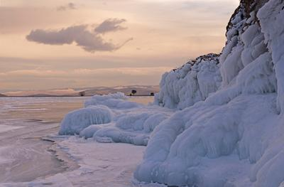 Байкал, вечереет. Байкал Малое море Декабрь Наплески