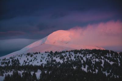 Дыхание вершины карпаты горы Украина
