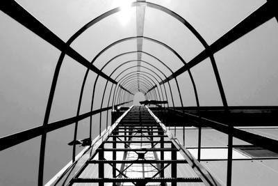 Лестница изнутри архитектурные детали пром лестница