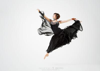 *** dance portrait studio