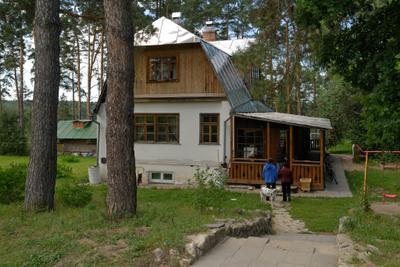 Дом садовника Россия Тульская область Поленово усадьба лето
