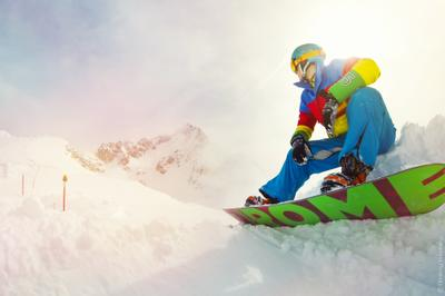 *** сноуборд зима доска сноубордист снег спуск горы гора альпы свет солнце цвет