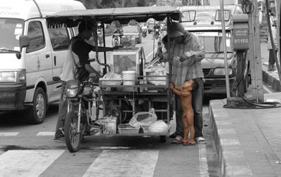 завтрак у обочины... тайланд паттайя thailand pattaya beach road