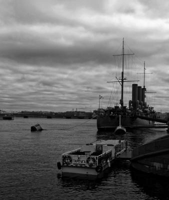 Пиралюционеры или Что действительно снится крейсеру перваго рангу