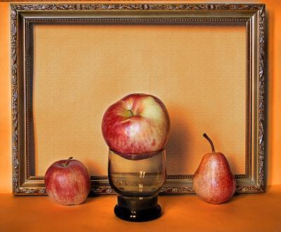 Этюд без названия груша яблоки рамка фрукты