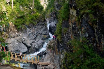 Водопад на реке Кынгырга
