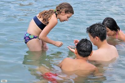 Подходящее место для игры в Крестики-нолики Крестики-нолики игра в море