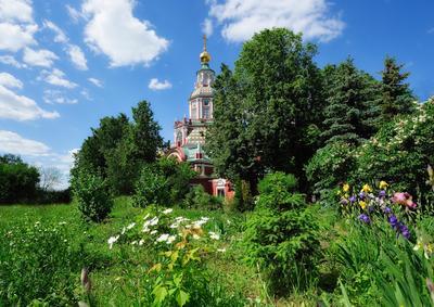 Храм Ивана Воина на Якиманке