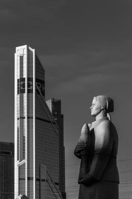 Памятник Москва сити памятник улица