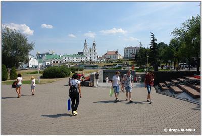 Минск. Метро Немига