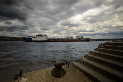 Непогода... Весна май Волга