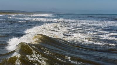 Волны...