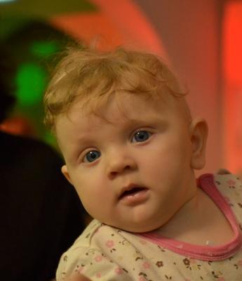 Ангелочек) малыш дети ребёнок взгляд глаза удивление интерес пушистик