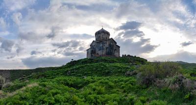 церковь Вагрмашен  /XI век/ армения