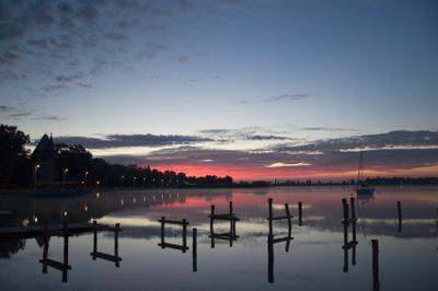 Новый день утро рассвет озеро облака вода
