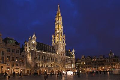 Боюссель. Гроте Маркт брюссель маркт гроте центральная площадь ратуша