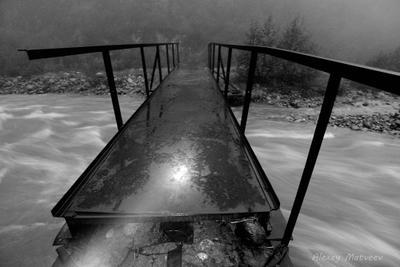 Silent Hill of Digoria мост горы Кавказ река