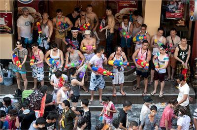 Songkran festival. Bangkok Сонгкран фестиваль путешествия Songkran festival Bangkok