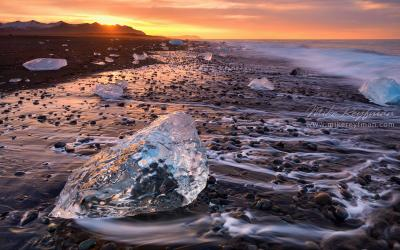 Алмазы - россыпью Breidamerkursandur Iceland worldphototravels.com