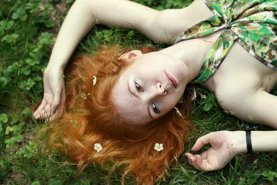 ... лето, лес, девушка, рыжая, цветы