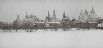 Стольный град Измайлово русский терем зима идет снег