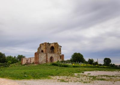 Руины церкви Благовещения на Городище церковь руины Городище