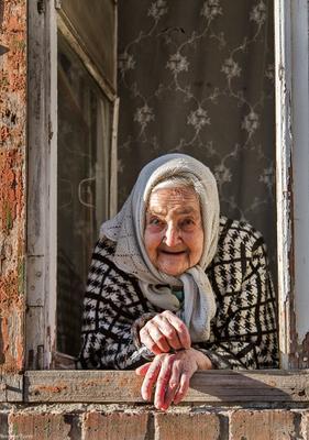 Бабушка ростов ростов-на-дону город люди портрет женщина бабушка