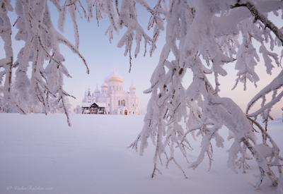 На Крещенские морозы белогорский монастырь пермь зима мороз снег