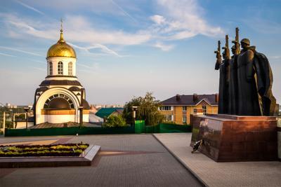 На страже Воронеж памятник храм Дмитрия Донского
