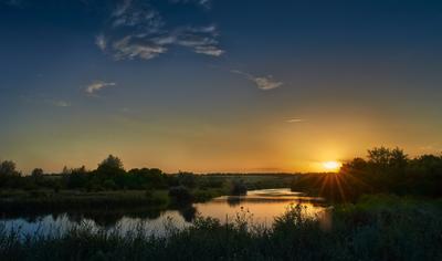 Безмятежность закат солнце река вечер лето