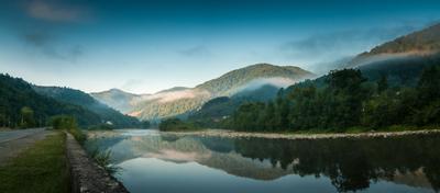 "Река ""Rika"". Украина. Карпаты. Ukraine Carpathians river morning fog dawn reflection Украина Карпаты река утро отражение туман"