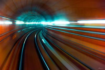 Тоннель метро пассажир поезд подземка тоннель