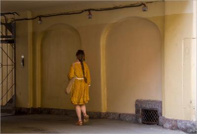 В поисках выхода дом_трёх_Бенуа